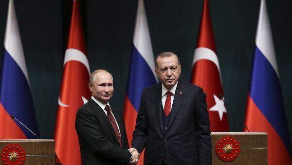 Rusya Devlet Başkanı Vladimir Putin ile Cumhurbaşkanı Recep Tayyip Erdoğan - Sputnik Türkiye