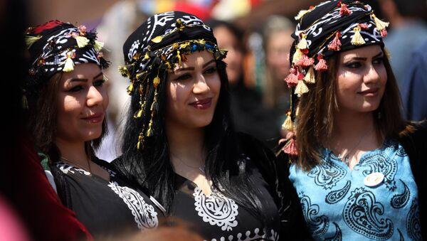 Irak'taki Kürt kültür festivalinden renkli kareler - Sputnik Türkiye