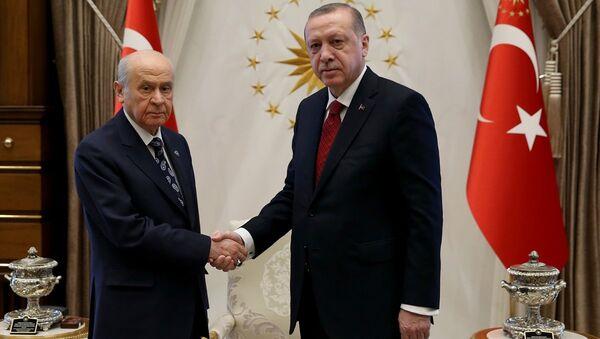 MHP Genel Başkanı Devlet Bahçeli- Cumhurbaşkanı ve AK Parti Genel Başkanı Recep Tayyip Erdoğan - Sputnik Türkiye