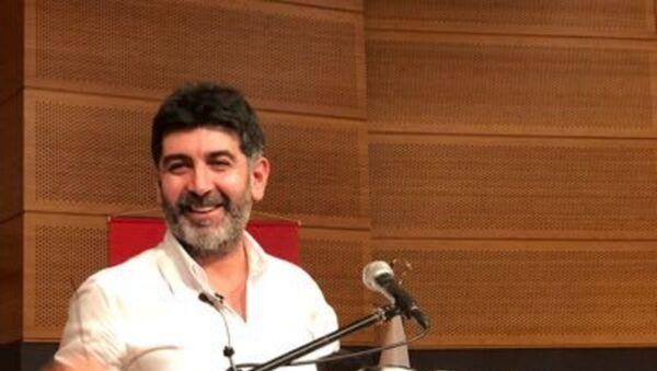 Gazeteci-yazar Levent Gültekin - Sputnik Türkiye
