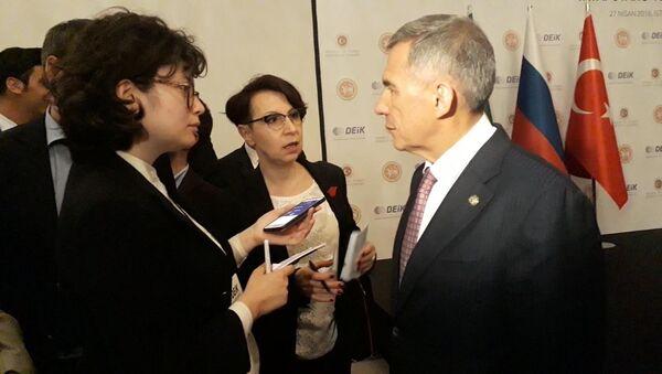 Tataristan Cumhurbaşkanı Minnihanov, Türkiye-Tataristan Forumu'nda Sputnik'in sorularını yanıtladı. - Sputnik Türkiye