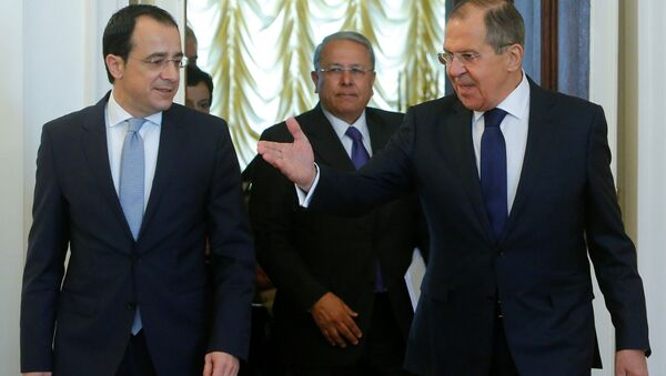 Kıbrıs Dışişleri Bakanı Nikos Hristodulidis ve Rusya Dışişleri Bakanı Sergey Lavrov - Sputnik Türkiye
