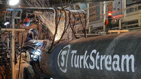 Türk Akımı, Türkiye kıyılarına ulaştı - Sputnik Türkiye