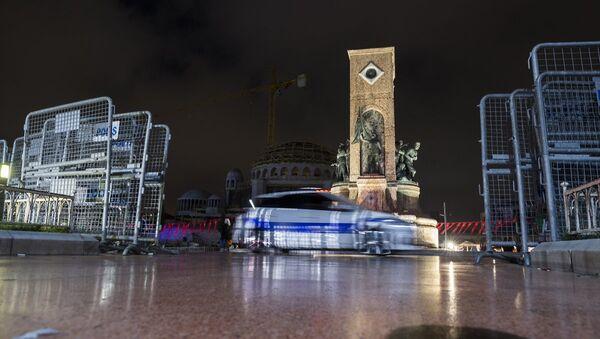 Taksim Meydanı'nda 1 Mayıs önlemleri - Sputnik Türkiye