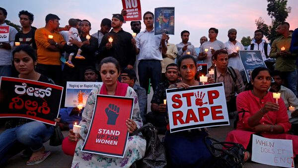 Hindistan'da tecavüz protestoları - Sputnik Türkiye