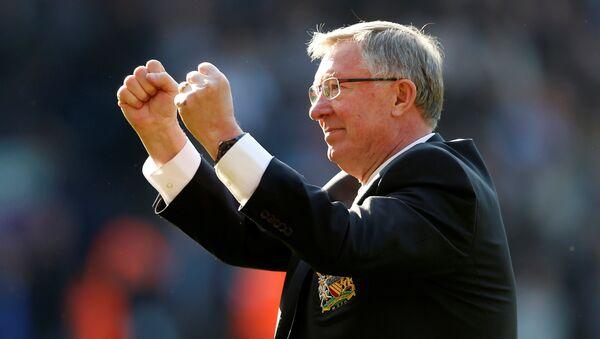 Manchester United'ın eski teknik direktörü Alex Ferguson - Sputnik Türkiye