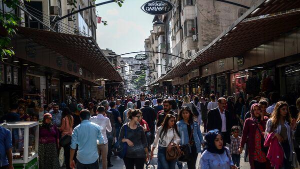 Gaziantep'te çarşı pazar alışverişi - Sputnik Türkiye