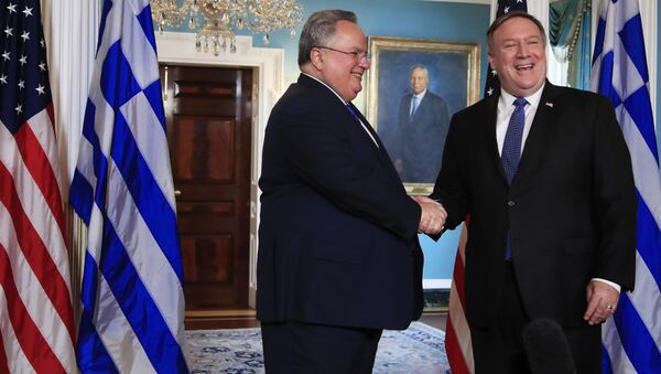 ABD Dışişleri Bakanı Mike Pompeo, Yunan mevkidaşı Nikoz Kocias ile görüştü - Sputnik Türkiye