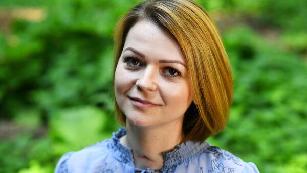 Rusya: Yuliya Skripal, önceden yazılmış bir metni okuyor, onunla bizzat görüşmek istiyoruz - Sputnik Türkiye