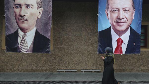Mustafa Kemal Atatürk - Recep Tayyip Erdoğan - Sputnik Türkiye