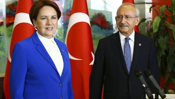 Cumhuriyet Halk Partisi (CHP) Genel Başkanı Kemal Kılıçdaroğlu- İYİ Parti Genel Başkanı Meral Akşener - Sputnik Türkiye