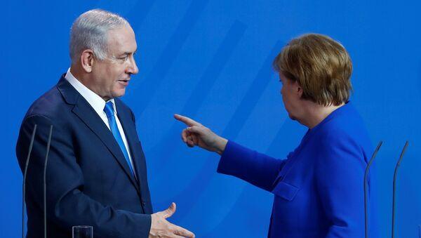 Angela Merkel-Benyamin Netanyahu - Sputnik Türkiye