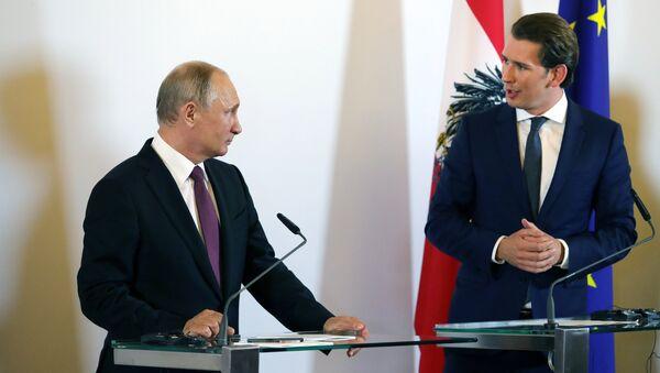 Rusya Devlet Başkanı Vladimir Putin- Avusturya Başbakanı Sebastian Kurz - Sputnik Türkiye