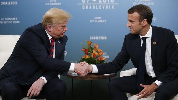 ABD Başkanı Donald Trump ve Fransa Cumhurbaşkanı Emmanuel Macron - Sputnik Türkiye