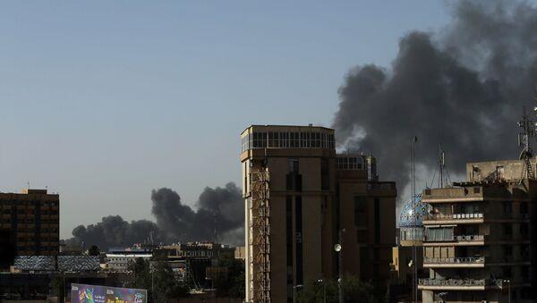 Irak Bağdat'ta seçim sandıkları yandı - Sputnik Türkiye