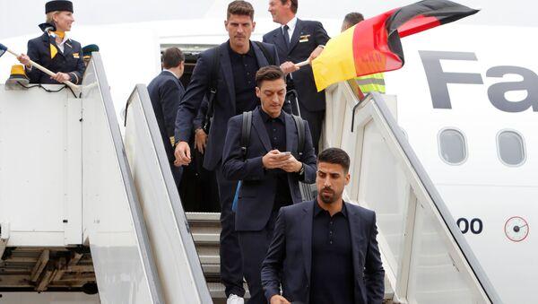 Gomez, Özil, Khediralı Alman milli takımı, 2018 FIFA Dünya Kupası için Rusya'da... - Sputnik Türkiye