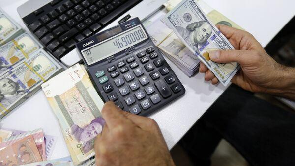 İran parası - dolar - döviz - Sputnik Türkiye