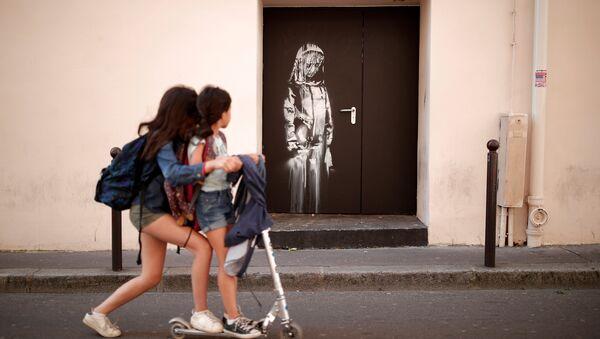Banksy-Paris - Sputnik Türkiye