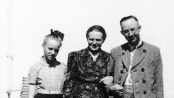 Heinrich Himmler with wife and daughter Gudrun - Sputnik Türkiye