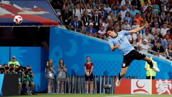 2018 FIFA Dünya Kupası, son 16 turu, Uruguaylı Cavani'den Portekiz'in kalesine - Sputnik Türkiye