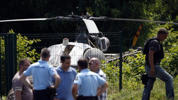 Ünlü gangster Redoine Faid, cezaevinden helikopterle firar etti - Sputnik Türkiye