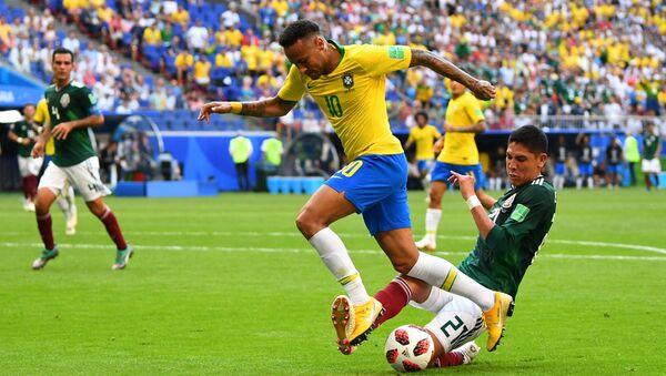 2018 Dünya Kupası, son 16, Brezilya-Meksika, Neymar-Alvarez - Sputnik Türkiye