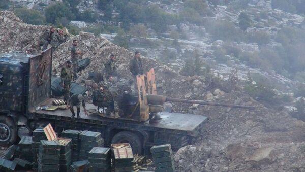 Suriye ordusundan Lazkiye'deki terör yanlılarına gece operasyonu - Sputnik Türkiye
