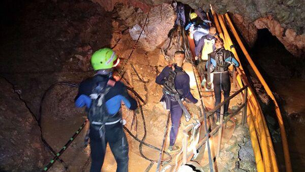 Tayland, mağarada mahsur kalan çocuklar, kurtarma operasyonu - Sputnik Türkiye