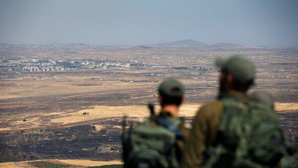 Golan Tepeleri'nde İsrail askerleri - Sputnik Türkiye