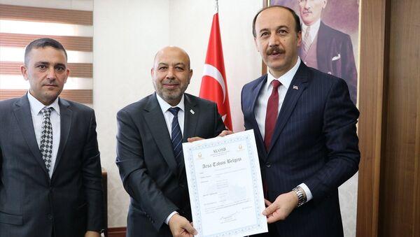 Gaziantep SİAD Yönetim Kurulu Başkanı Khaled Bablli ile Şanlıurfa Valisi Abdullah Erin - Sputnik Türkiye