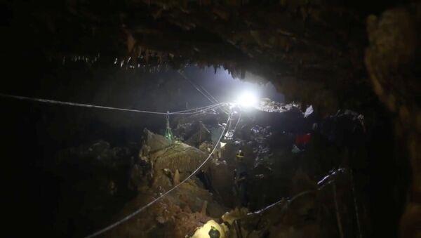 Tham Luang mağarası - Sputnik Türkiye