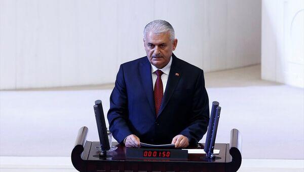 Binali Yıldırım, 3. turda 335 oyla Meclis Başkanı seçildi - Sputnik Türkiye