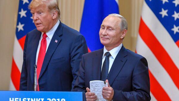 Rusya Devlet Başkanı Putin ve ABD Başkanı Donald Trump ortak basın toplantısı gerçekleştirdi - Sputnik Türkiye