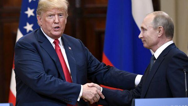 Helsinki zirvesinde Putin-Trump basın toplantısı - Sputnik Türkiye