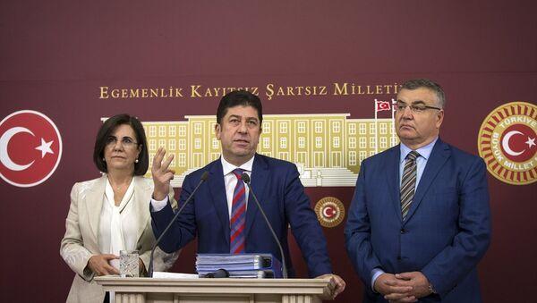 CHP Bilecik Milletvekili Yaşar Tüzün - Sputnik Türkiye