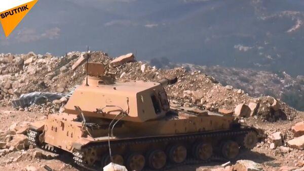 Suriye ordusu, Lazkiye dağlarında teröristlerin saldırısını püskürttü - Sputnik Türkiye