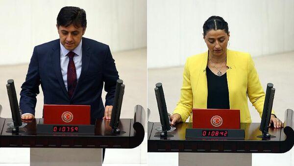 HDP Batman milletvekilleri Mehmet Rüştü Tiryaki ve Feleknas Uca - Sputnik Türkiye