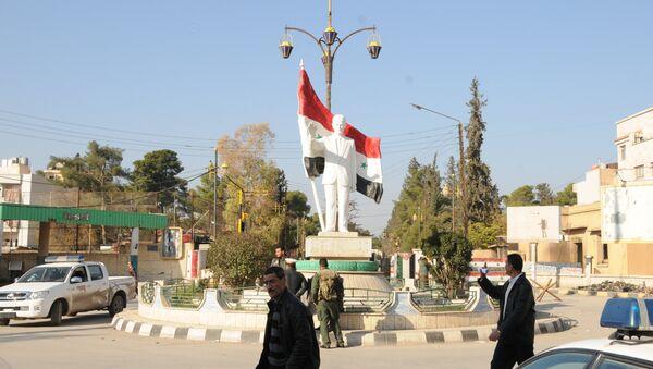 Demokratik Suriye Meclisi, Suriye devletinin elindeki Şam ve diğer kentlerde ofis açıyor - Sputnik Türkiye
