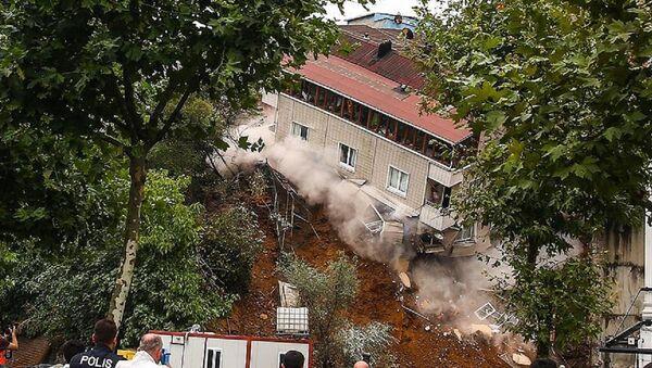Beyoğlu, çöken bina - Sputnik Türkiye