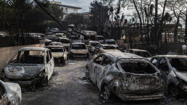 Yunanistan'ın Güney ve Doğu kısmında devam eden yangınlar, üke için son on yıl içinde en büyük yangın oldu. - Sputnik Türkiye