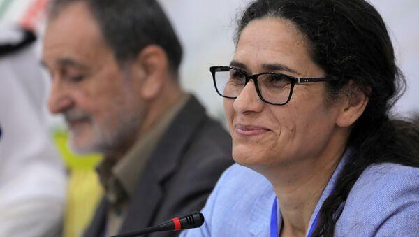 Demokratik Suriye Meclisi (DSM) Eşbaşkanları Riad Darar ile İlham Ahmed (sağda) - Sputnik Türkiye