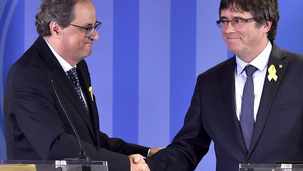 Eski Katalonya Başkanı Carles Puigdemont ve Katalonya Başkanı Quim Torra - Sputnik Türkiye