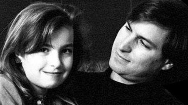 Steve Jobs ve kızı Brennan Jobs - Sputnik Türkiye