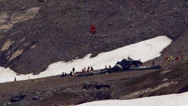 İsviçre'de uçak kazası: 20 kişi hayatını kaybetti - Sputnik Türkiye