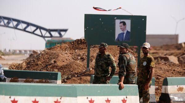 Ürdün-Suriye sınırında nöbet tutan Suriye askerleri - Sputnik Türkiye