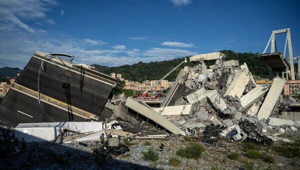 Cenova'daki Morandi köprüsündeki çökme - Sputnik Türkiye