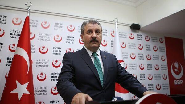 Büyük Birlik Partisi (BBP) Genel Başkanı Mustafa Destici - Sputnik Türkiye