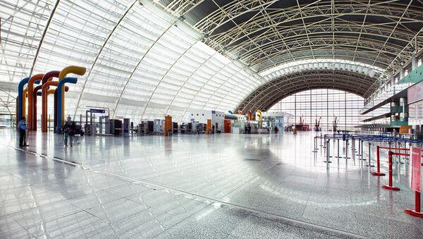 İzmir Adnan Menderes Havalimanı - Sputnik Türkiye