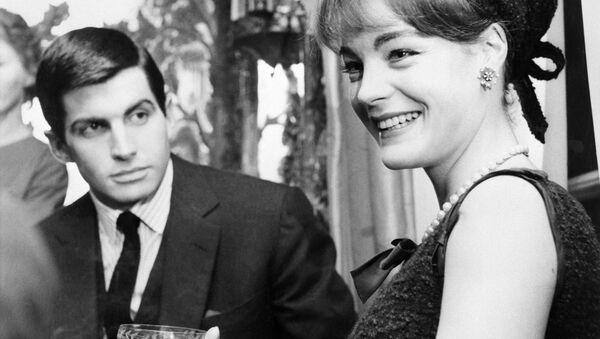 Ünlü oyuncu Romy Schneider'ın 40 yıl sonra ortaya çıkan itirafı: Annem Hitler ile birlikte olmuştu - Sputnik Türkiye