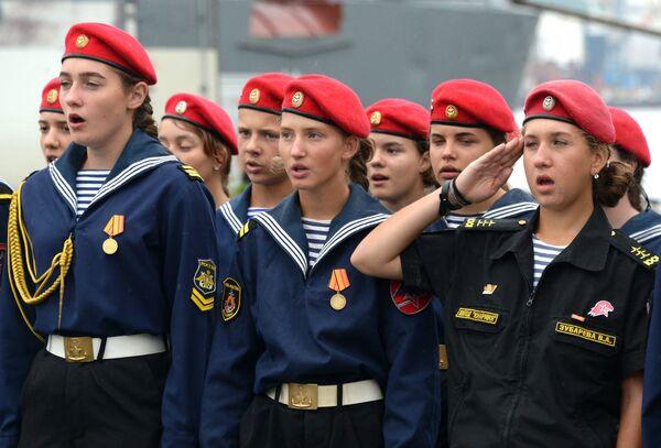 Rus ordusunda görev alan kadınlar - Sputnik Türkiye